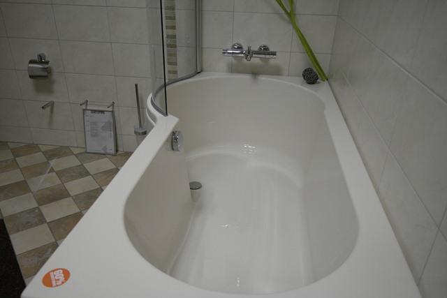 Een lekker bad | Online in de webshop van TegelhomeBad en Tegels